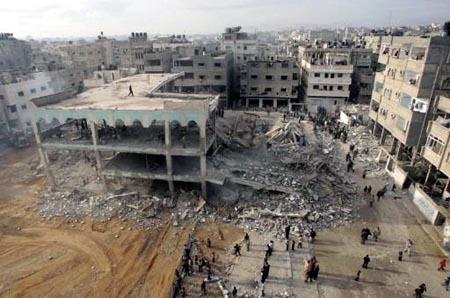 israel-mengahcurkan-masjid-palestina-masjid-al-noor-di-gaza-kini-tinggal-rangka-kamis-812009-reutersmohammed-salem